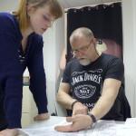 Lutz Stützner unterstützt und berät die kreativen Köpfe